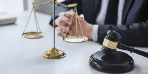 Pros & Cons of Lawsuit Loans